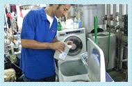 有限会社海潟ドライでは洗濯用消臭剤「においを食べる水」を衣類の洗濯などに使用しています。
