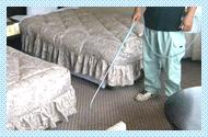 垂水ベイサイドホテルアザレアでは室内用消臭剤「においを食べる水」を室内やカーペットなどの消臭に活用しています。
